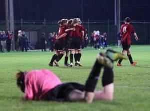 Kildare Town celebrate after Niamh Mulhall scored their third goal Photo: Piotr Kwasnik